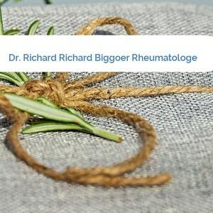 Bild Dr. Richard Richard Biggoer Rheumatologe mittel